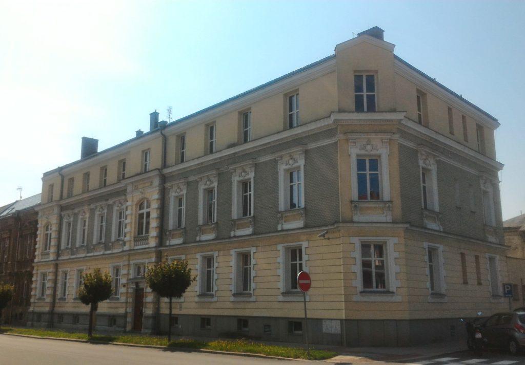 Fotografie budovy Okresního státního zastupitelství v Opavě