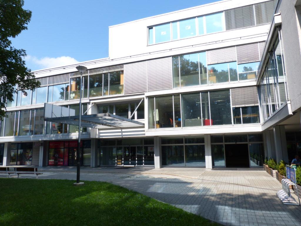 Fotografie budovy Okresního státního zastupitelství v Ostravě