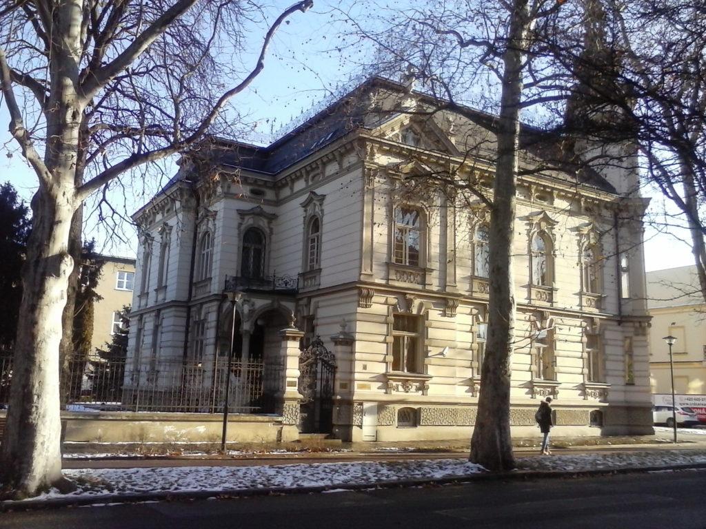 Fotografie budovy Okresního státního zastupitelství v Prostějově