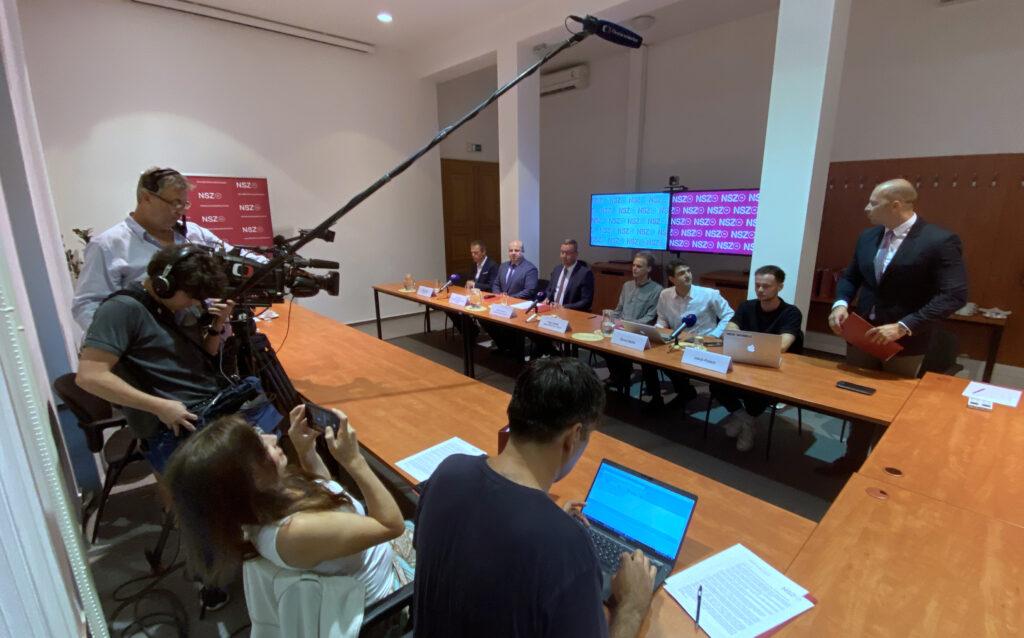Fotografie - tisková konference NSZ